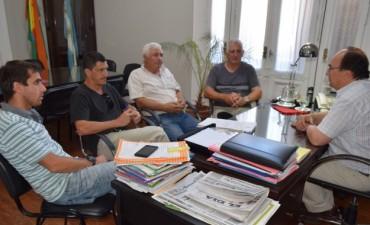 El Intendente se reunio con la comisión directiva del Club Defensores de Atucha