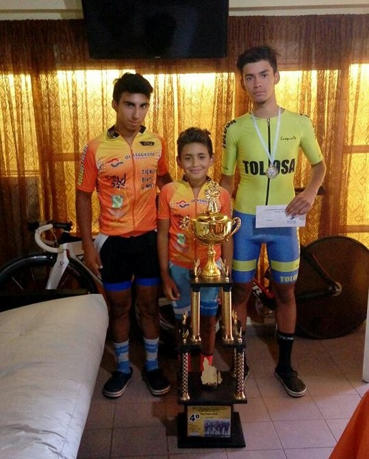 Destacada actuación de jóvenes ciclistas saladillenses en San Juan