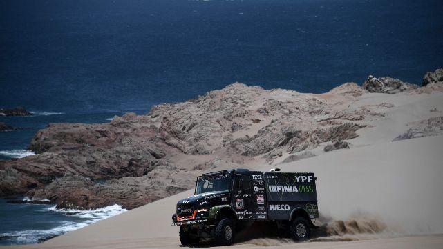 El Coyote Villagra se recuperó y ganó la etapa en el Dakar