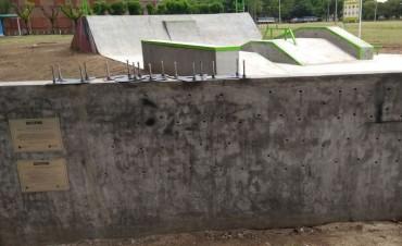 Skatepark: el Municipio retiró todas las letras del cartel
