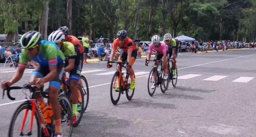 Ciclistas saladillenses corrieron en la región