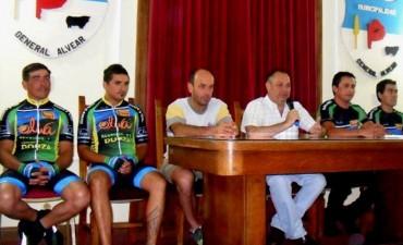 """Los ciclistas Manzor y Sagardoy correrán en las """"200 Millas de Uruguay"""""""