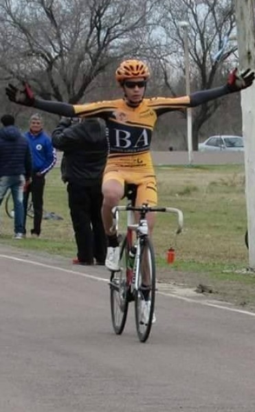 Medalla de Bronce para Emmanuel Tolosa en el Argentino de Ruta
