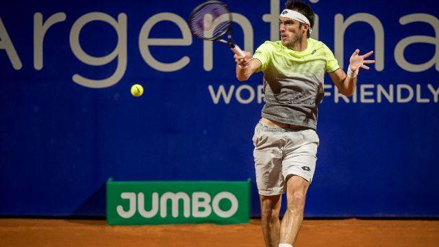 Mayer venció a Fognini y avanza en el Argentina Open