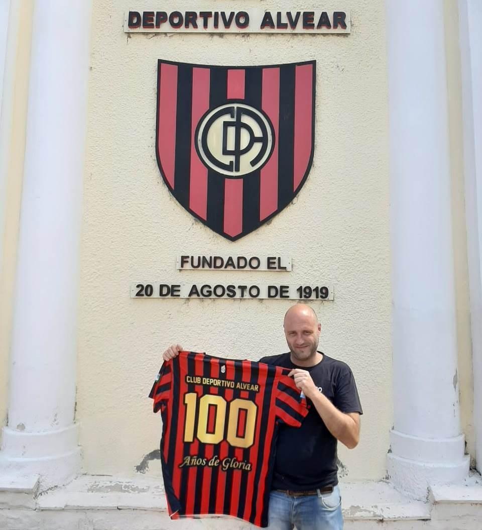 Martín Rojas dirigirá la primera de Deportivo Alvear