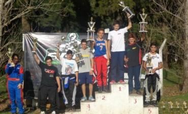 Victorias de Martínez y Tiberi en el inicio del campeonato