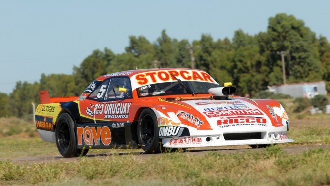 Pérez y Barucca ganaron las series del TC Pista. Bruno despistado