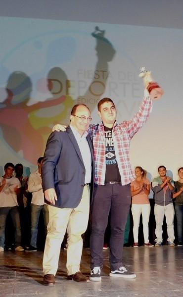 El ajedrecista Nelson Lujan es el Saladillo de Oro 2015