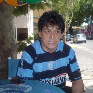 Elbio Vázquez no estará más en el banco de Argentino