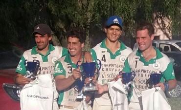 """La Totora campeón de la Copa """"Agropharma"""" en Roque Pérez"""