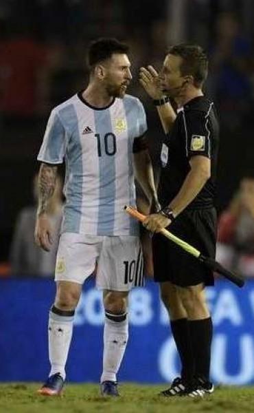 Lionel Messi está en la mira por los insultos a la terna arbitral ante Chile