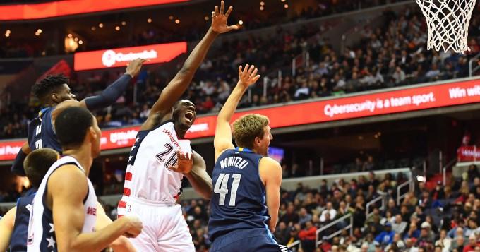 Con gran aporte de Brussino, Dallas consiguió otra victoria mientras que los Spurs de Ginóbili perdieron