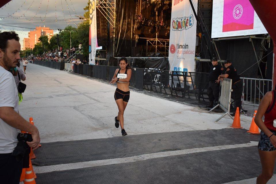 Francisca Almirón corrió la 7° Edición de la Maratón de Lincoln