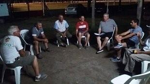 Nicolas Tosca se reunió con la comisión del Club Atucha