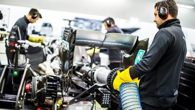 Cuatro equipos de Fórmula 1 fabricarán material médico para ayudar en la lucha contra el coronavirus