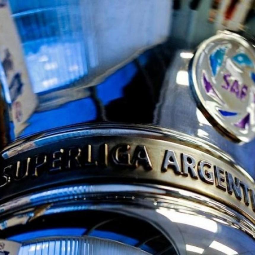 La carrera mano a mano de River y Boca en la Superliga