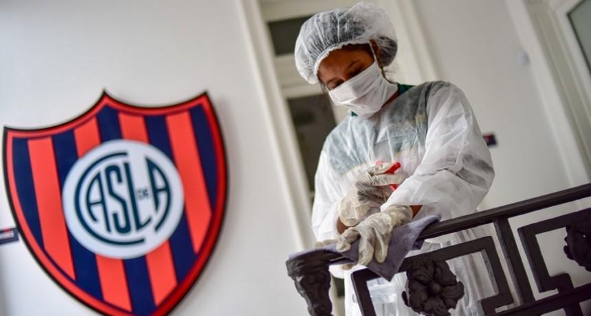 Clubes argentinos brindan sus instalaciones ante la emergencia