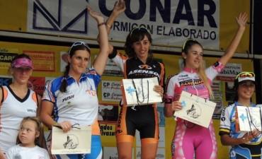 Monica Ballarini se impuso en el 7° MTB Kiñewn en Loma Negra