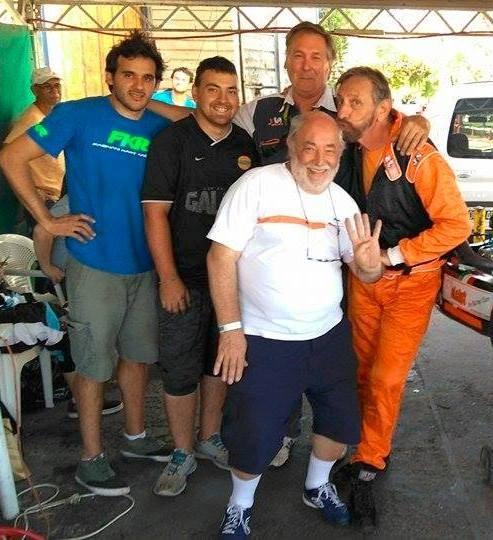 Carlos Simonetti corre en el kartódromo del Autódromo de Bs As
