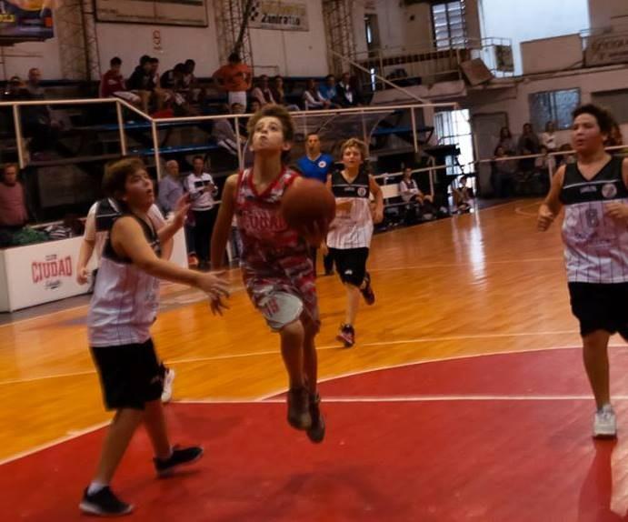 Ciudad jugó ante Sportivo de 25 de Mayo