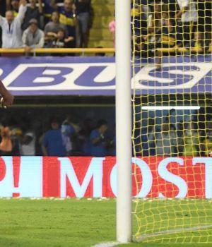 Boca venció a Talleres y tiñe el torneo de azul y oro