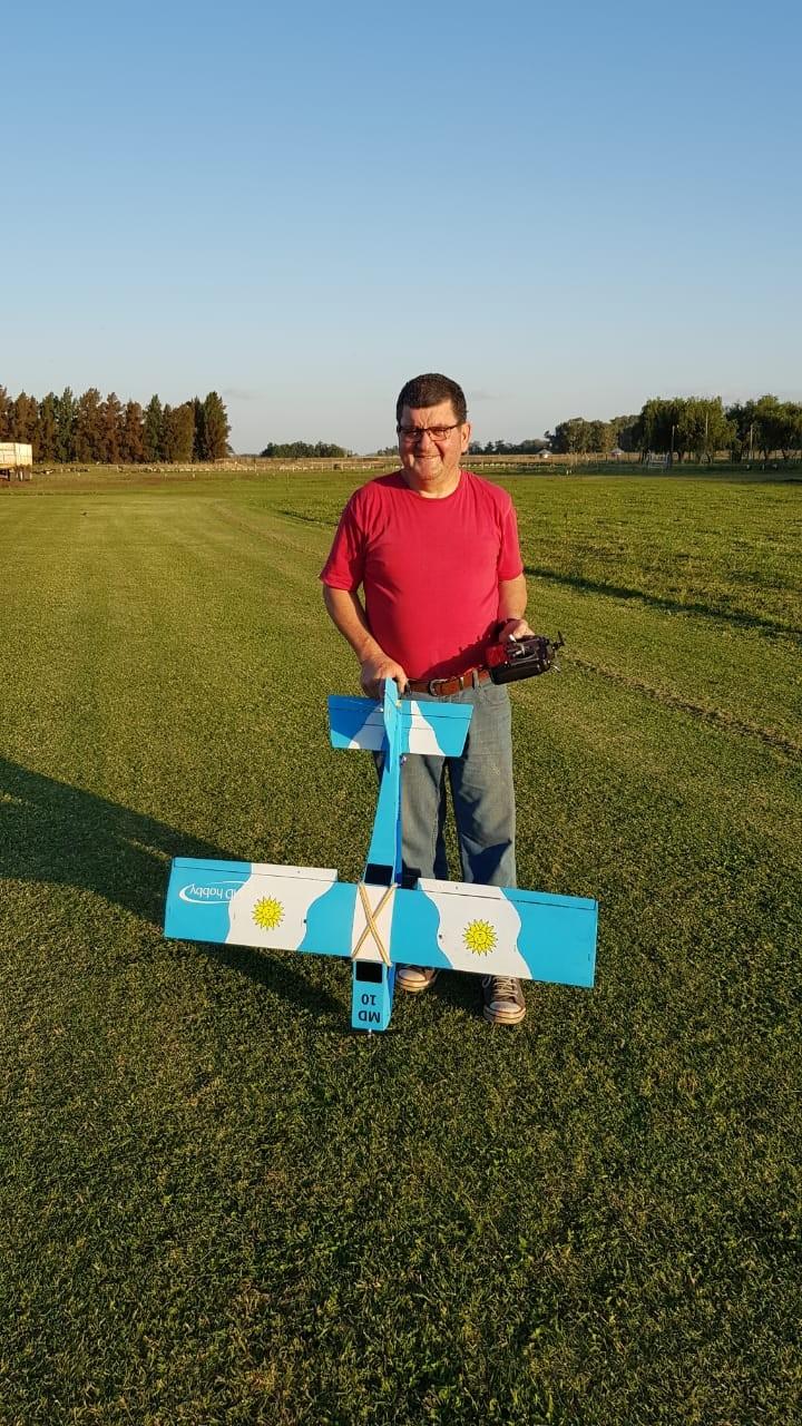 Hubo actividad en el Campo de vuelo del Automóvil club
