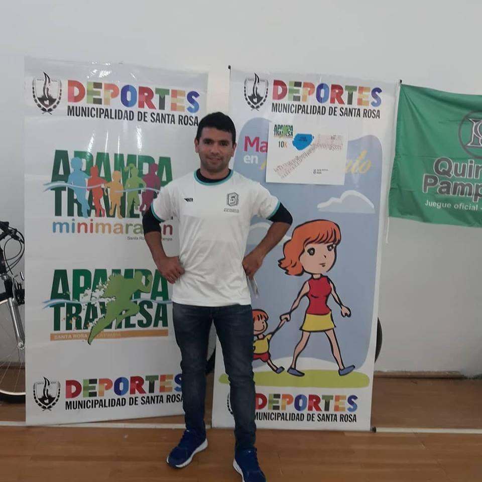 Ezequiel Aguilera y Francisca Almirón corren hoy en La Pampa