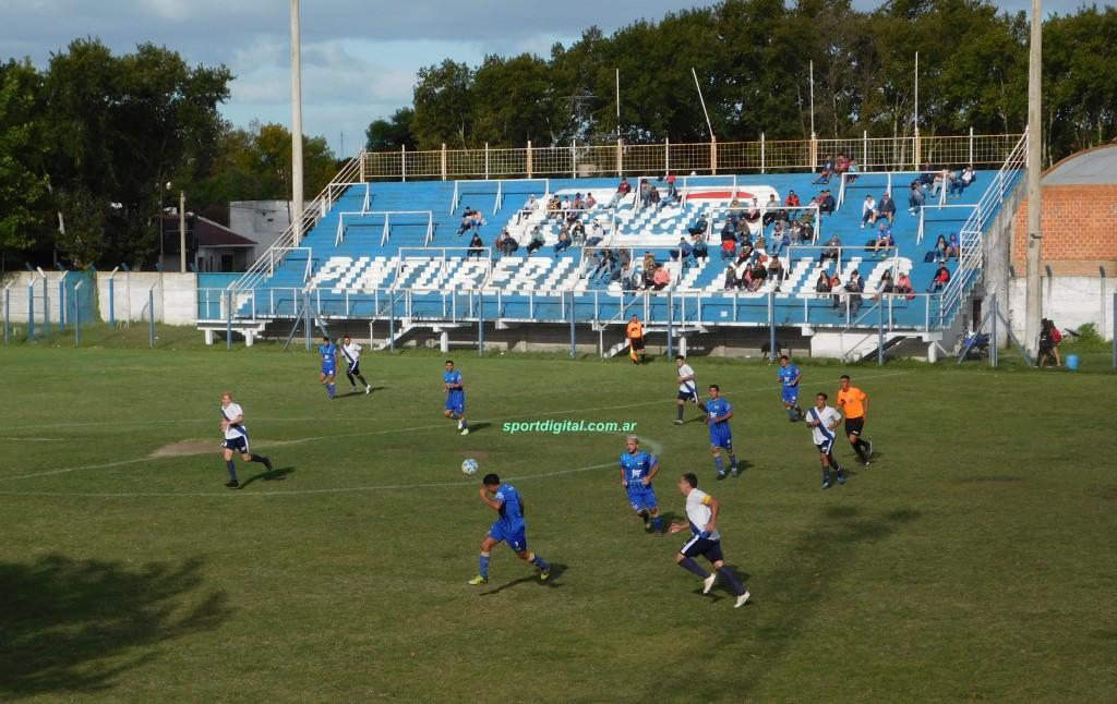 La Campana goleo a Argentino 4 a 1. Del Carril y Lola en la punta del Apertura