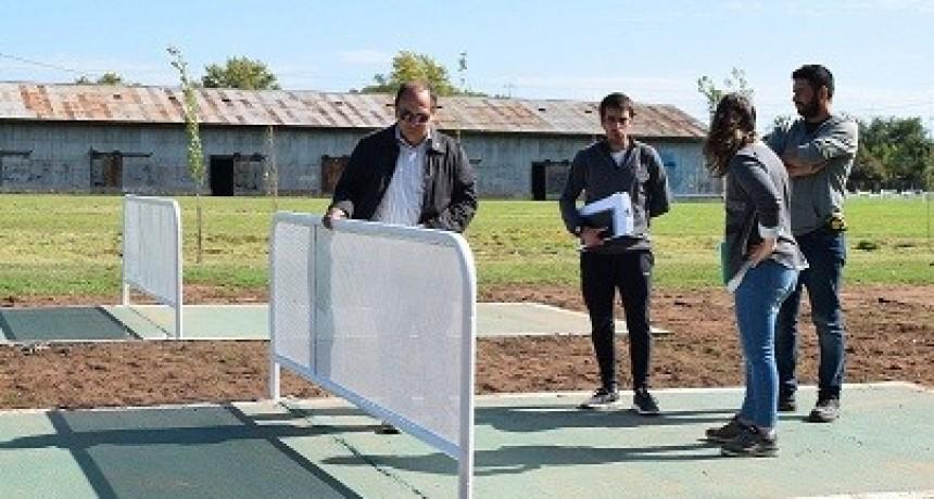 Se construyeron dos canchas de fútbol tenis en Saladillo