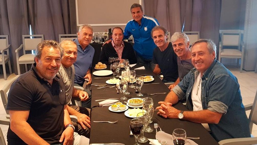 Bilardo almorzó con parte del plantel campeón del Mundo de 1986