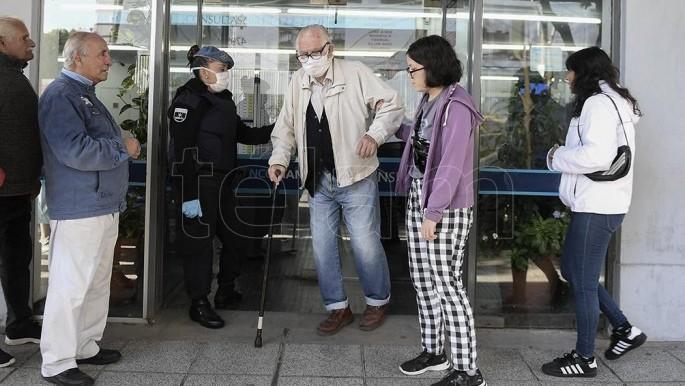 El Central dispuso la apertura de bancos el fin de semana para pago de jubilacies y planes sociales