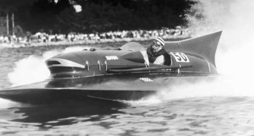Un pura sangre en el agua: la historia de la única lancha que llevó la marca Ferrari