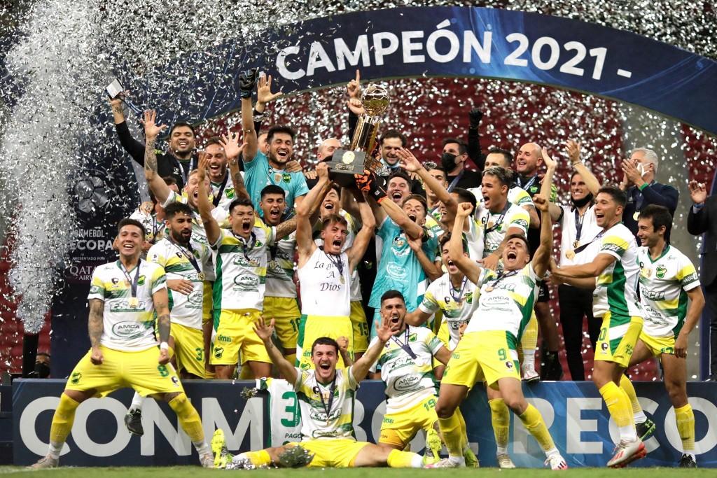 El Halcon voló alto y ganó la Recopa Sudamericana