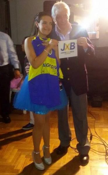 Juntos X Boca en cumpleaños de 15: Camila recibió camiseta autografiada