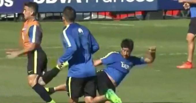 Guillermo echó a Pablo Pérez por brutal patada a compañero