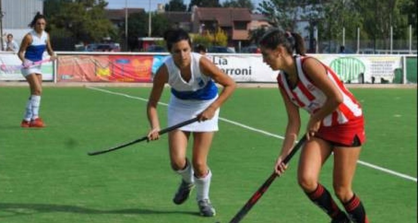 Saladillo Hockey recibió a Estudiantes de Olavarría y a Uncas de Tandil