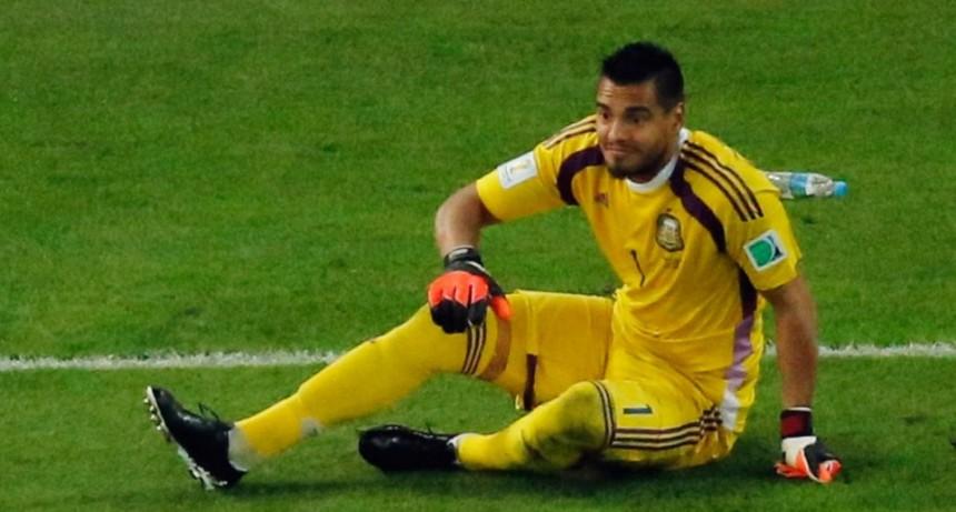 Romero afuera del Mundial por lesión en una rodilla