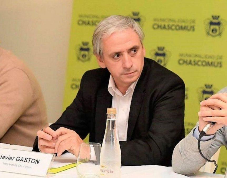 Hay cinco casos positivos en Chascomús y esperan más: Kicillof y Gollán, atentos