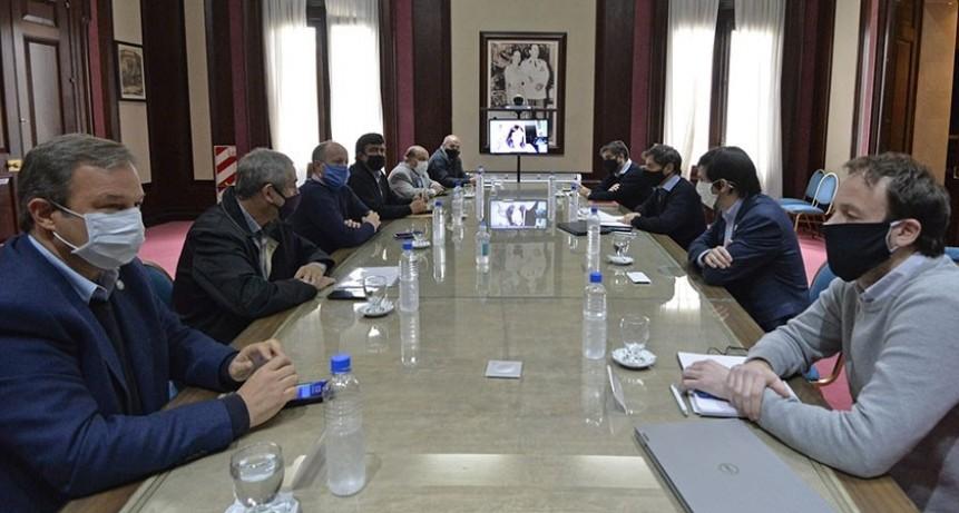 Kicillof analizó con intendentes de la tercera sección la situación financiera de los municipios