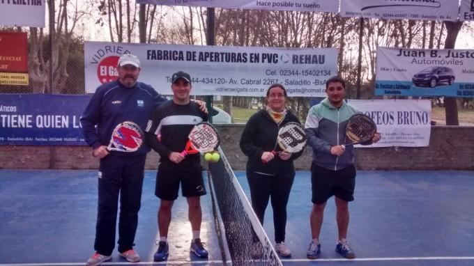 Se realizo Torneo de Padel en el Complejo Las Vías