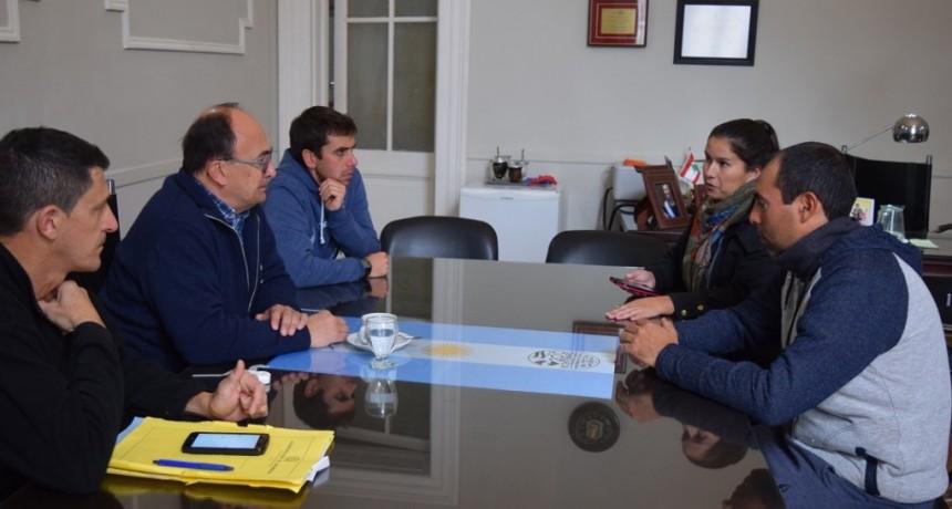 Jose Luis Salomón se reunió con la Agrupación Ciclista Saladillo
