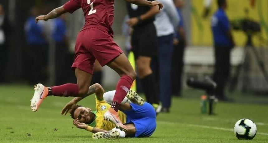 La Confederación Brasileña de Fútbol confirmó que Neymar no podrá jugar la Copa América por la
