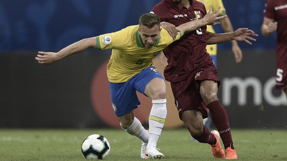 Brasil, por un triunfo y el primer puesto del grupo ante Perú
