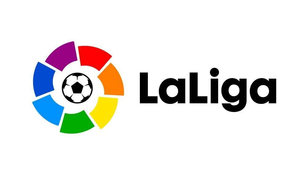 Sevilla, con un gol de Ocampos, se quedó con el clásico andaluz, en el regreso del fútbol