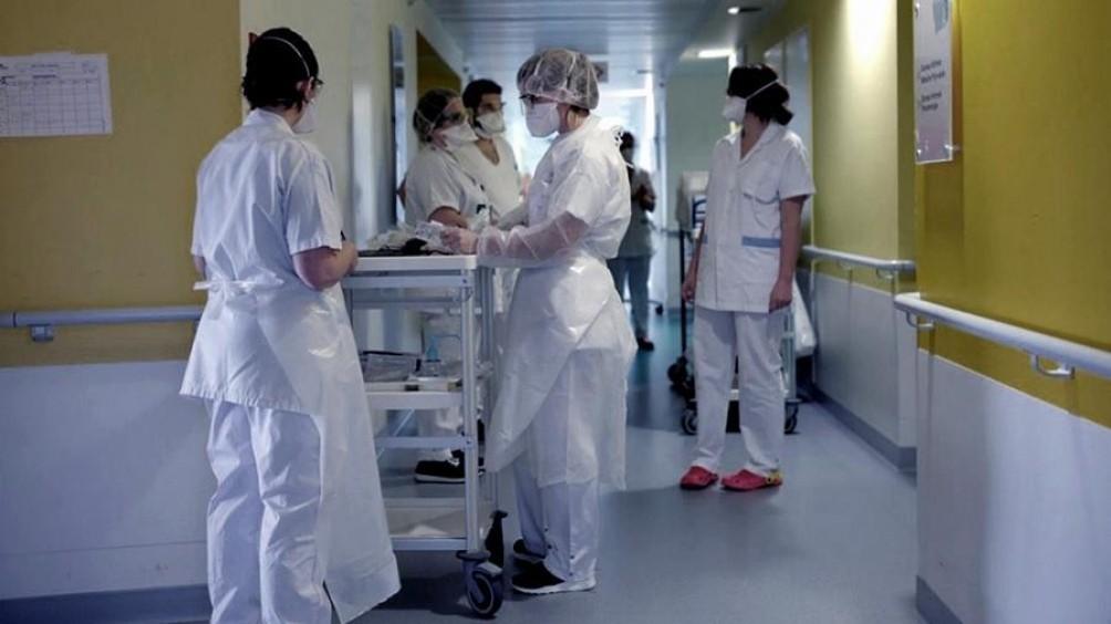 Coronavirus: suman 815 los fallecidos y hay 30.295 infectados en el país