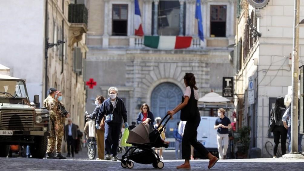 Italia registró el menor número de contagios diarios en tres meses y medio