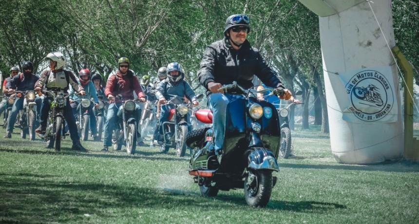El Concejo tratará la Chapa Patente para motos y autos clásicos y antiguos