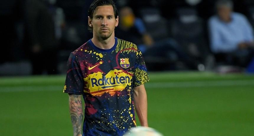 Messi va por los 700 goles ante el Sevilla