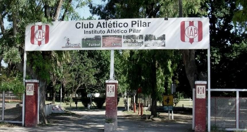 Aseguran que Frigerio participó del juego de pádel clandestino en un club de Pilar