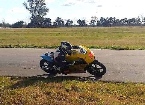 Superbike: Valentín Valor volvió a subirse a la moto y espera el debut